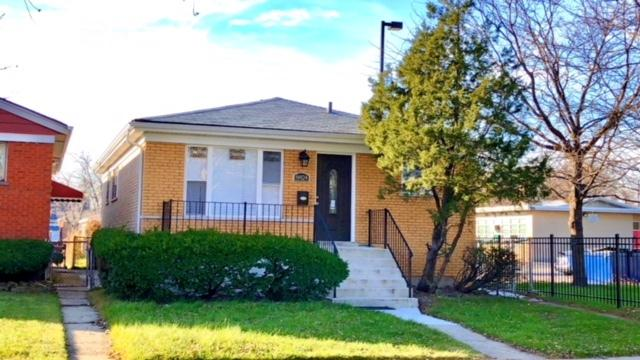 8824 S Prairie Avenue, Chicago, IL 60619 (MLS #09883735) :: Littlefield Group