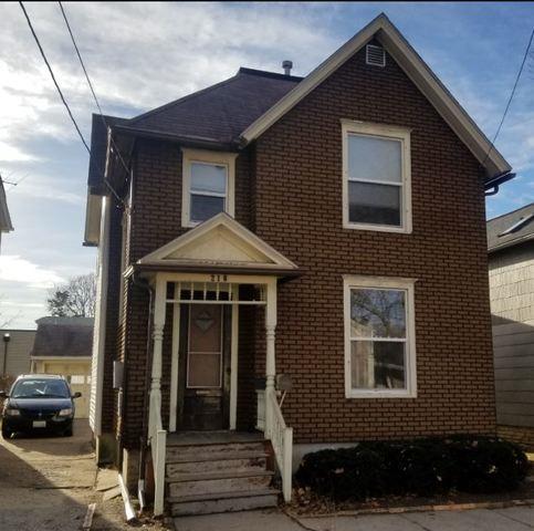 216 Webster Street, Belvidere, IL 61008 (MLS #09883908) :: Domain Realty
