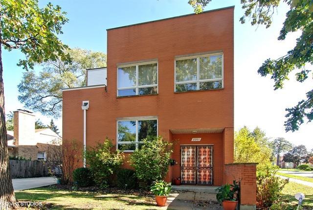 2201 N 77TH Avenue, Elmwood Park, IL 60707 (MLS #09884110) :: The Jacobs Group
