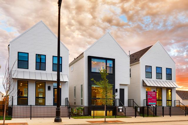 3646 N Kenneth Avenue, Chicago, IL 60641 (MLS #09884582) :: The Jacobs Group