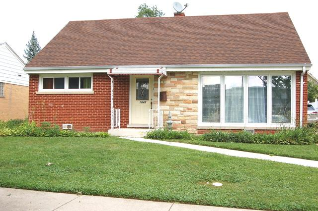 7845 N Odell Avenue, Niles, IL 60714 (MLS #09884585) :: The Jacobs Group