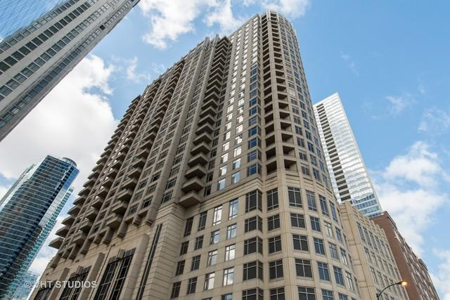 530 N Lake Shore Drive #1203, Chicago, IL 60611 (MLS #09884708) :: Berkshire Hathaway Koenig Rubloff - Carroll Real Estate Group