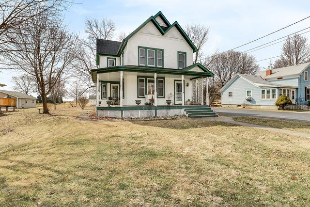 524 W Center Street, Sandwich, IL 60548 (MLS #09884769) :: Littlefield Group