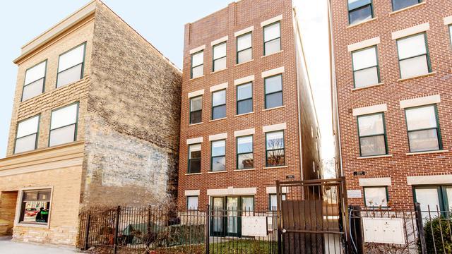 2303 W Chicago Avenue W #1, Chicago, IL 60622 (MLS #09884972) :: The Perotti Group