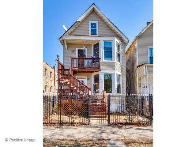 3223 N Albany Avenue, Chicago, IL 60618 (MLS #09885046) :: The Jacobs Group