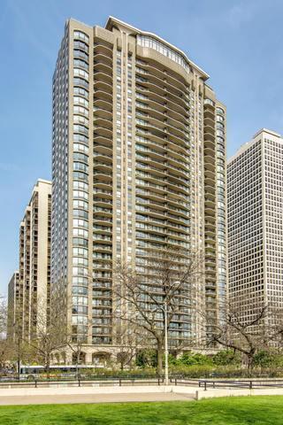 1040 N Lake Shore Drive 16C, Chicago, IL 60611 (MLS #09885078) :: Berkshire Hathaway Koenig Rubloff - Carroll Real Estate Group