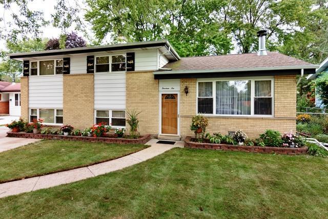 1410 N Sauk Lane, Mount Prospect, IL 60056 (MLS #09885138) :: The Jacobs Group