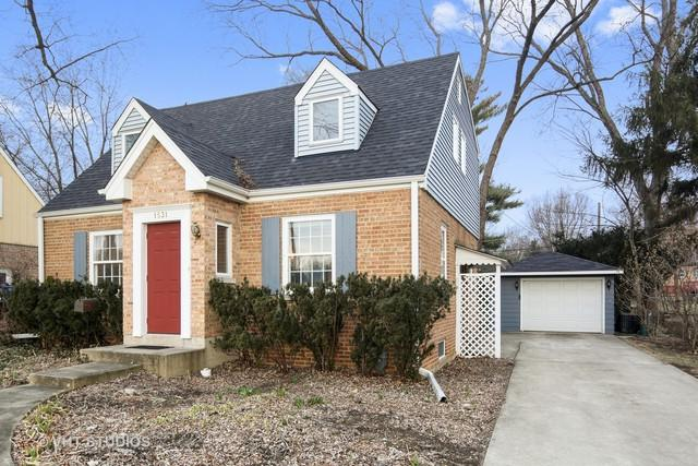 1531 College Avenue, Wheaton, IL 60187 (MLS #09885235) :: The Jacobs Group