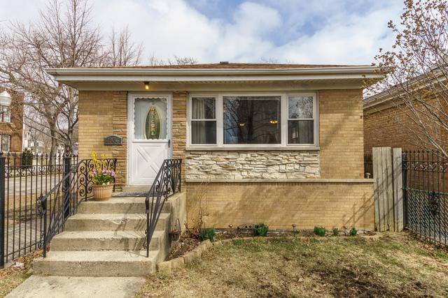 2936 W Nelson Street, Chicago, IL 60618 (MLS #09885327) :: The Jacobs Group