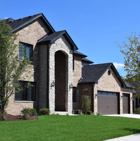 12896 Belmont Parkway, Lemont, IL 60439 (MLS #09885803) :: Littlefield Group