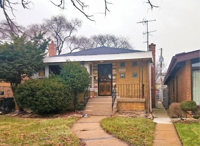 12425 S La Salle Street, Chicago, IL 60628 (MLS #09885976) :: The Jacobs Group