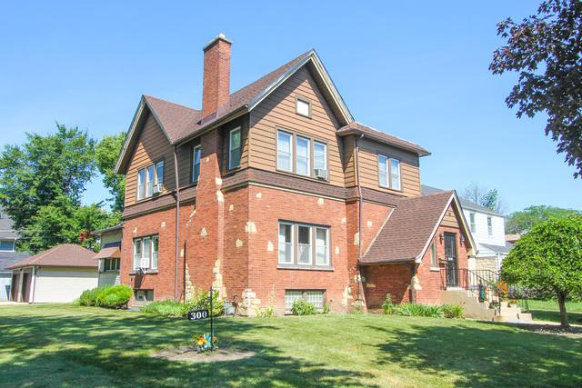300 N 2nd Avenue, Maywood, IL 60153 (MLS #09886085) :: The Jacobs Group