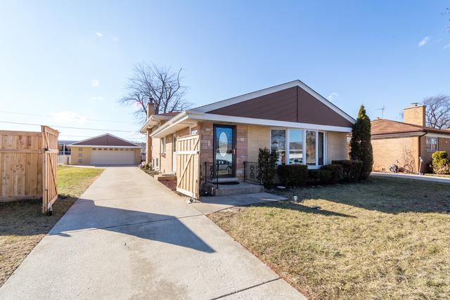 8246 N Neva Avenue, Niles, IL 60714 (MLS #09886289) :: The Jacobs Group