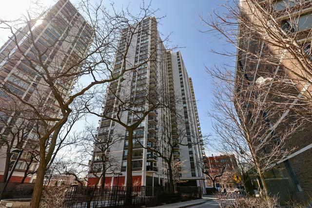 1460 N Sandburg Terrace 1205A, Chicago, IL 60610 (MLS #09886379) :: Berkshire Hathaway Koenig Rubloff - Carroll Real Estate Group