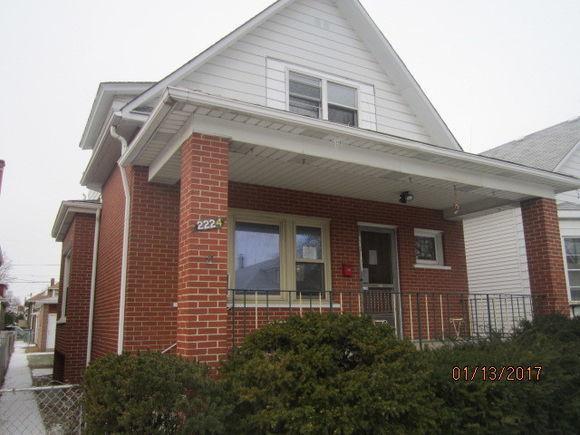 2224 Highland Avenue, Berwyn, IL 60402 (MLS #09886493) :: The Jacobs Group