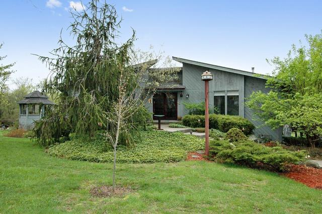 525 Oak Knoll Road, Barrington Hills, IL 60010 (MLS #09886564) :: The Jacobs Group