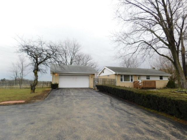 20 N Fairfield Road, Hawthorn Woods, IL 60047 (MLS #09886744) :: The Schwabe Group