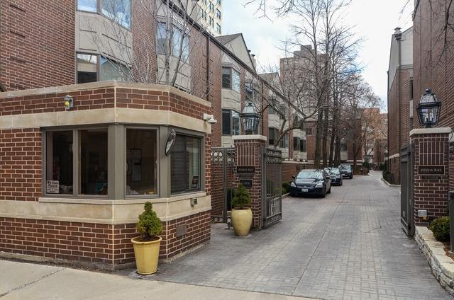 55 W Goethe Street #1252, Chicago, IL 60610 (MLS #09886897) :: Berkshire Hathaway Koenig Rubloff - Carroll Real Estate Group