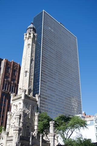 111 E Chestnut Street 31G, Chicago, IL 60611 (MLS #09887179) :: The Jacobs Group