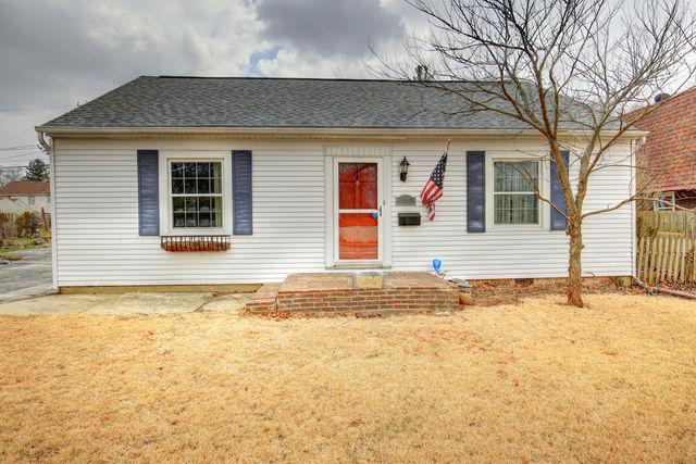 1217 W Springfield Avenue, Champaign, IL 61821 (MLS #09887231) :: Ryan Dallas Real Estate