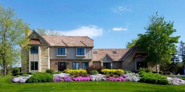 19 Stone Ridge Drive, South Barrington, IL 60010 (MLS #09887477) :: The Jacobs Group