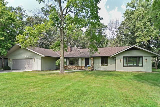 402 Luthin Road, Oak Brook, IL 60523 (MLS #09887777) :: Domain Realty