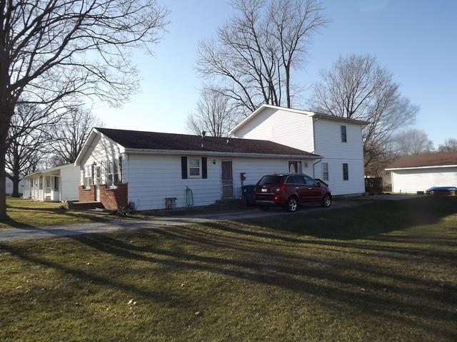502 E Elm Street, Watseka, IL 60970 (MLS #09887812) :: The Jacobs Group