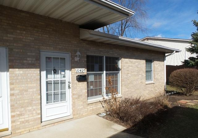 1042 Chovan Drive #42, Joliet, IL 60435 (MLS #09887814) :: Angie Faron with RE/MAX Ultimate Professionals