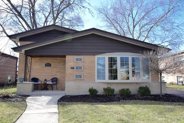 10808 Lawler Avenue, Oak Lawn, IL 60453 (MLS #09887852) :: The Schwabe Group