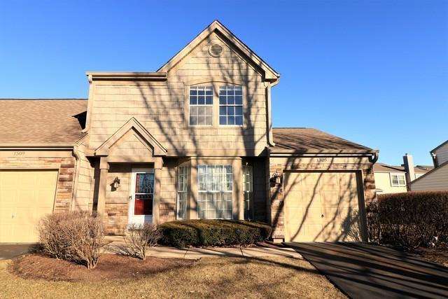 1305 Woodlake Drive, Carol Stream, IL 60188 (MLS #09887854) :: The Schwabe Group