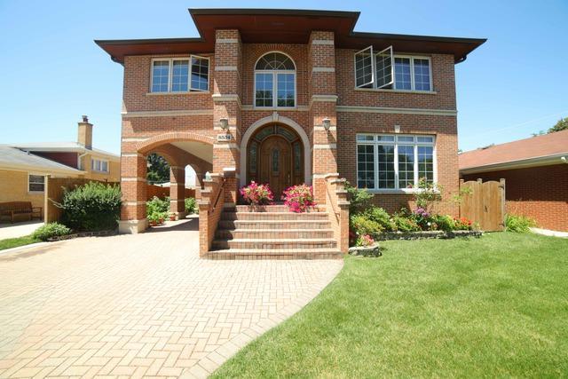 8534 Mango Avenue, Morton Grove, IL 60053 (MLS #09887934) :: The Jacobs Group