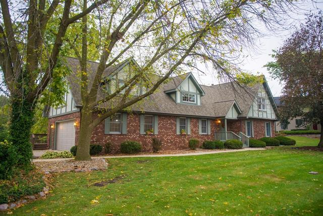467 Wexford Road, Valparaiso, IN 46385 (MLS #09888128) :: Angie Faron with RE/MAX Ultimate Professionals