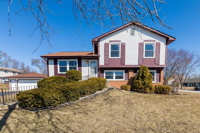 5832 Crestwood Road, Matteson, IL 60443 (MLS #09888185) :: Domain Realty