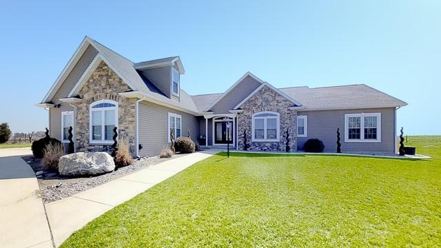 1507 Nottingham Drive, ST. JOSEPH, IL 61873 (MLS #09888323) :: Ryan Dallas Real Estate