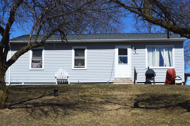 730 Woodlawn Drive, Prophetstown, IL 61277 (MLS #09888515) :: Littlefield Group