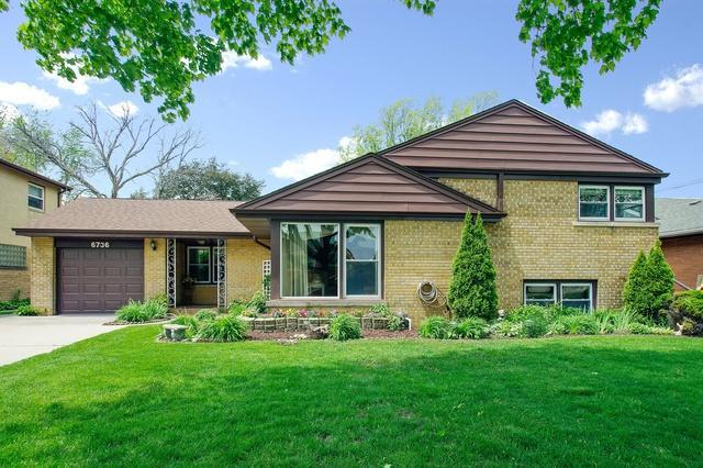 6736 N Karlov Avenue, Lincolnwood, IL 60712 (MLS #09888523) :: Littlefield Group
