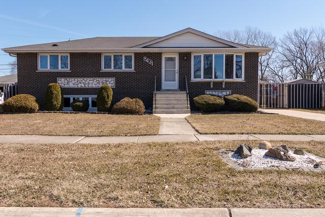 8431 S Octavia Avenue, Bridgeview, IL 60455 (MLS #09888608) :: Domain Realty