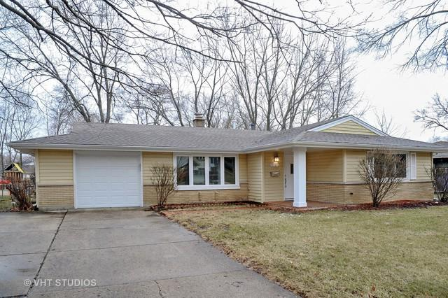 1327 Radcliffe Lane, Schaumburg, IL 60193 (MLS #09888617) :: The Jacobs Group
