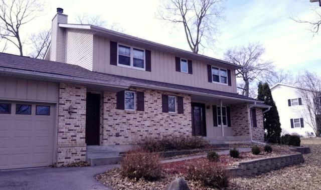 668 Sioux Drive, Freeport, IL 61032 (MLS #09888710) :: Littlefield Group
