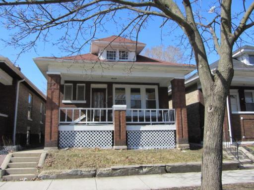 5732 S Maplewood Avenue, Chicago, IL 60629 (MLS #09888788) :: Littlefield Group