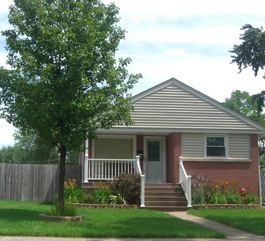 18527 Martin Avenue, Homewood, IL 60430 (MLS #09888873) :: Littlefield Group