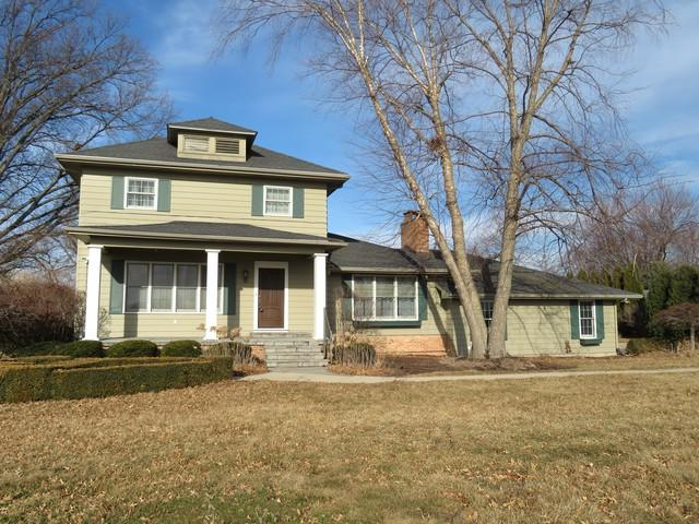 3309 16th Avenue, Sterling, IL 61081 (MLS #09888906) :: Domain Realty