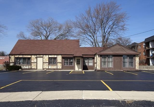 11259 Harlem Avenue, Worth, IL 60482 (MLS #09888942) :: Littlefield Group