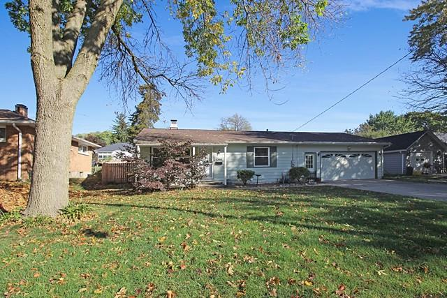 1240 W Palmer Street, Freeport, IL 61032 (MLS #09889338) :: Littlefield Group