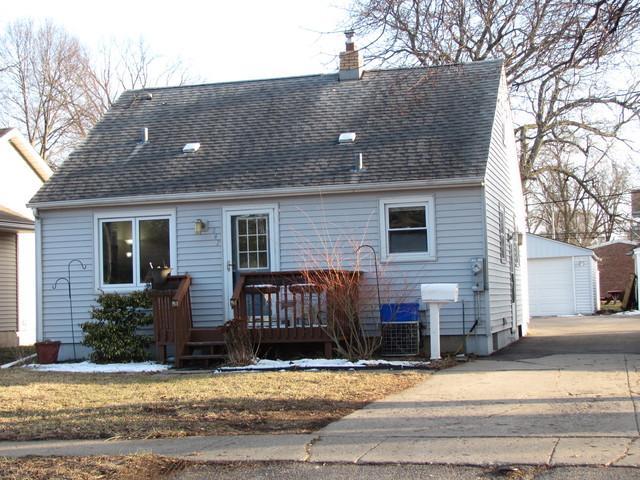 247 Merrill Avenue, Loves Park, IL 61111 (MLS #09889395) :: Domain Realty