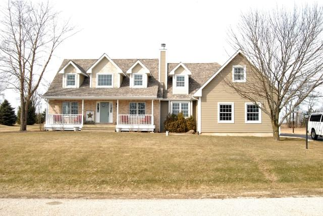 7219 Lone Oak Road, Spring Grove, IL 60081 (MLS #09889453) :: The Jacobs Group