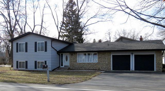771 Lake Avenue, Lakewood, IL 60014 (MLS #09889496) :: Lewke Partners