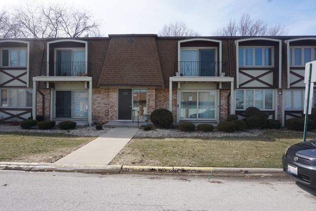 12720 Carriage Lane B1, Crestwood, IL 60445 (MLS #09889690) :: The Jacobs Group