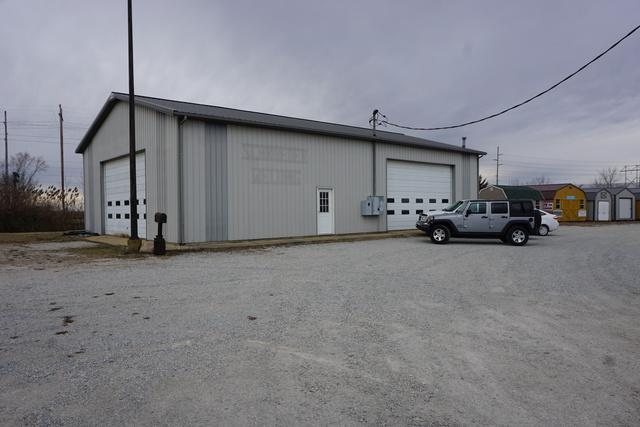 1042 Crescent Street, Gilman, IL 60938 (MLS #09889742) :: Domain Realty