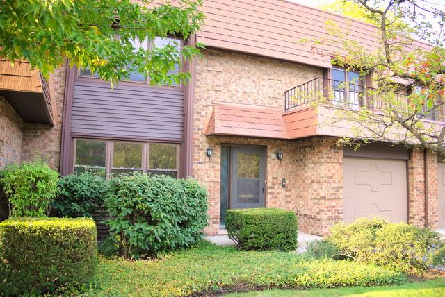 3944 Dundee Road, Northbrook, IL 60062 (MLS #09889826) :: The Spaniak Team